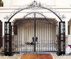 門扉のロートアイアン製作