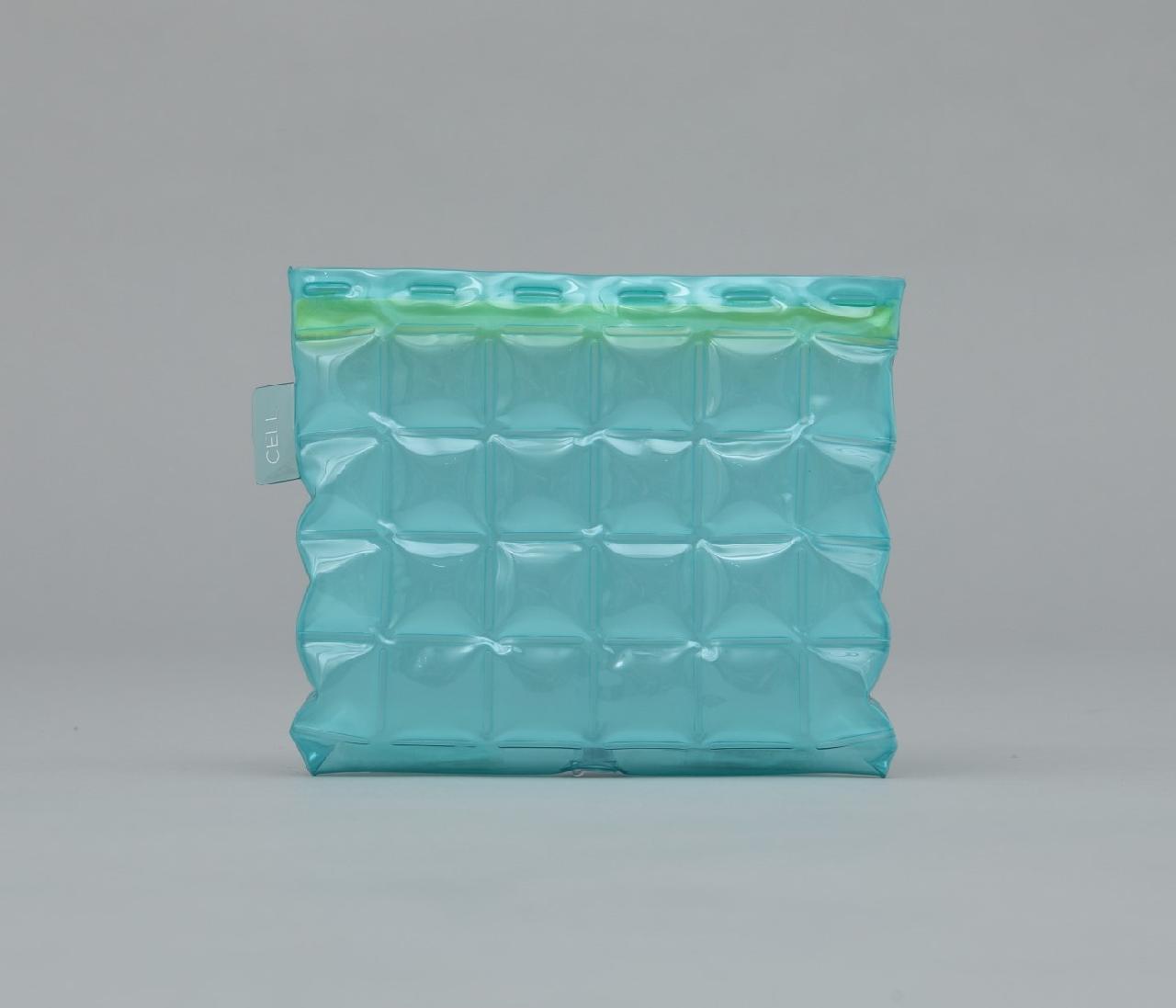 CELL ポーチ 色透明ブルー