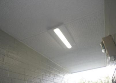板橋区アパートの非常灯LED化