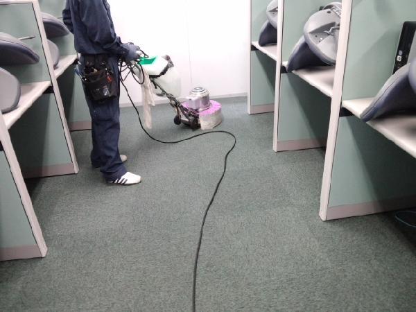 新横浜ビルのカーペット清掃