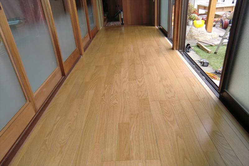 縁側の床張替え