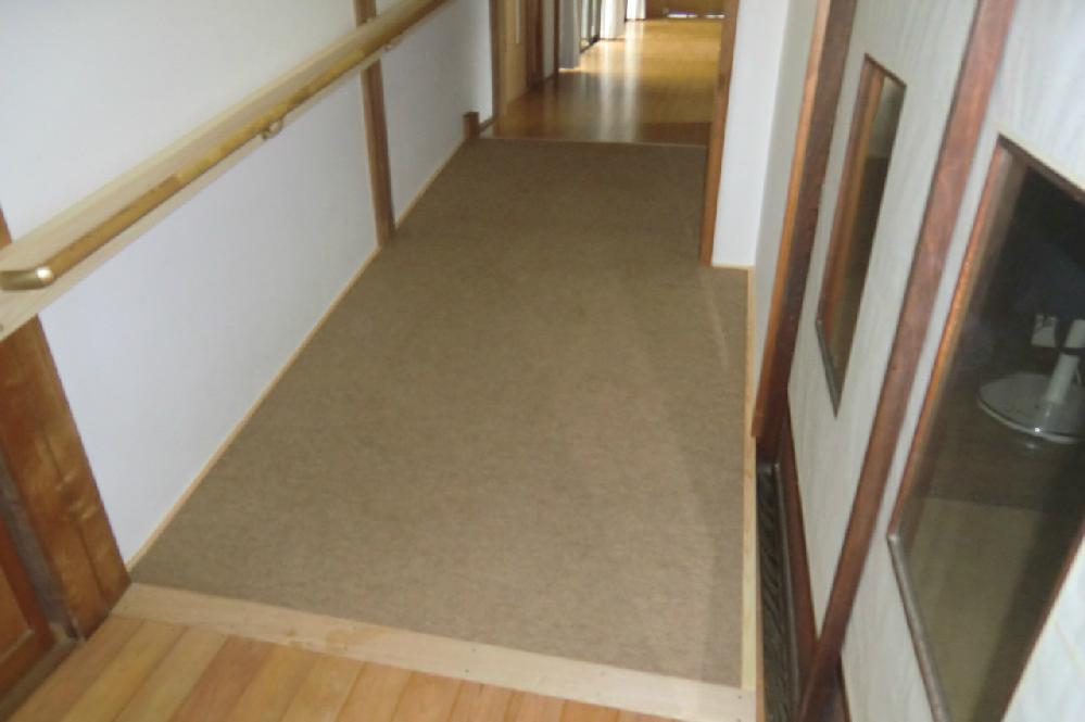 階段からスロープへ変更