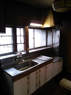 住宅リフォーム トイレ・キッチン 施工前