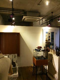 原宿 店舗 間仕切り壁部分解体  間仕切り壁新設