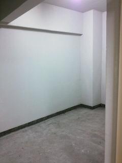 港区 賃貸マンション トランクルール内に物置の設置