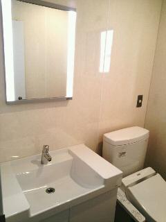 渋谷区 オフィスビル 給湯室からトイレに変更