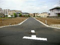 造成地の道路舗装