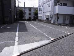 駐車場 ライン