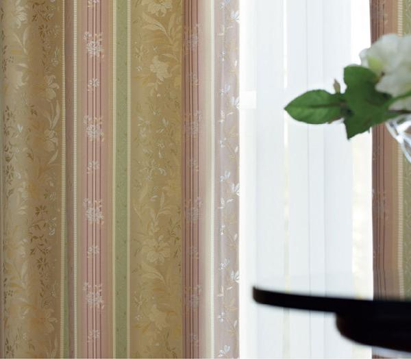 リリカラオーダーカーテン