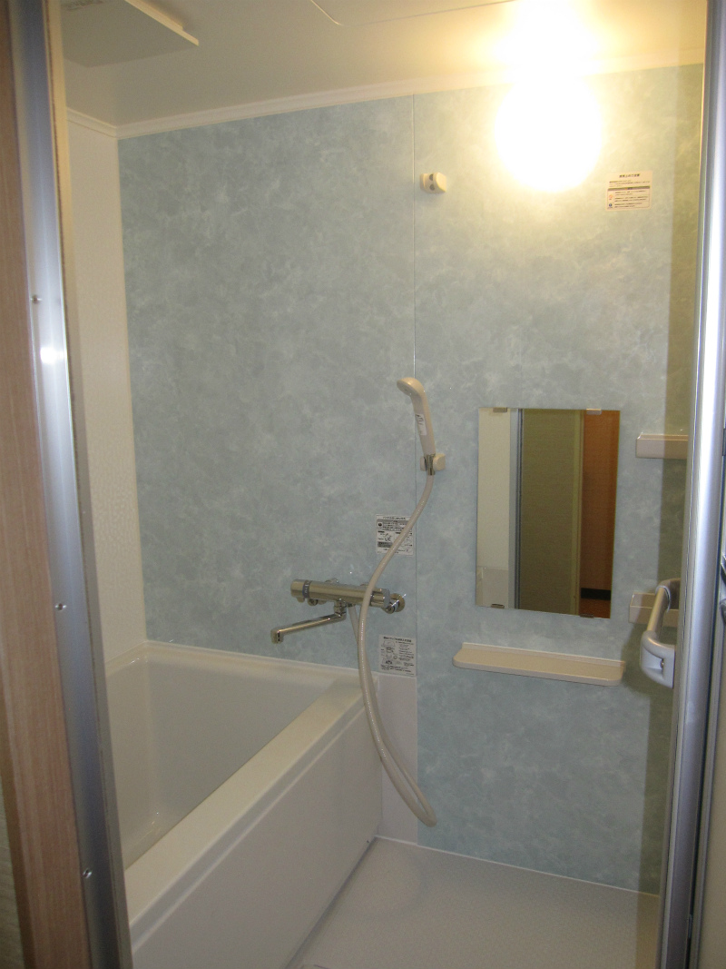 小さいサイズ マンション ユニットバス・洗面室内装リフォーム【和泉市】