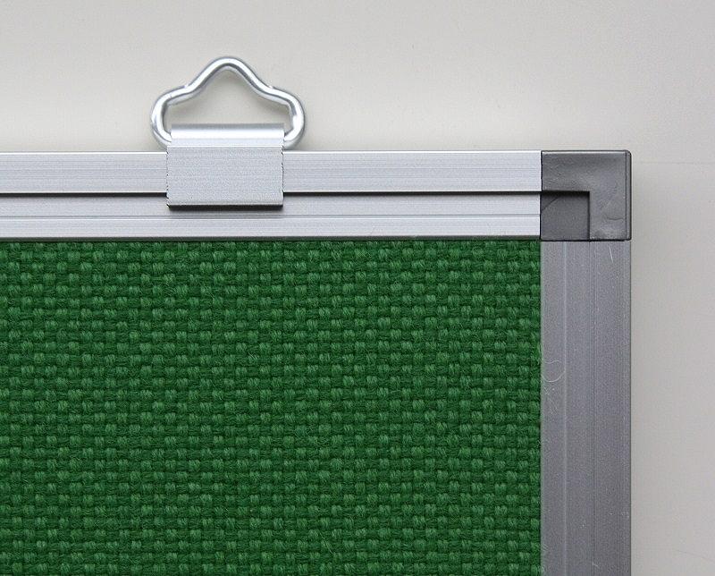アルミ枠材、樹脂コーナーで安全設計
