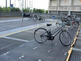 設置事例:立体駐輪場