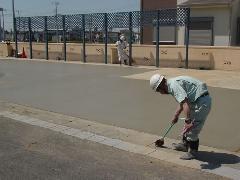 店舗駐車場 コンクリート打設工事