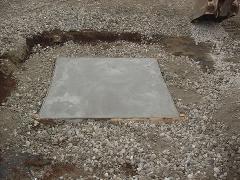 古河市 敷地内の井戸基礎壁撤去工事