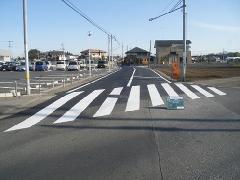 茨城県 駒羽根道路の舗装工事�A