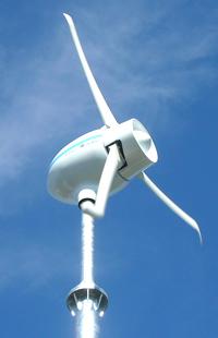 小型風力発電のスタンダードへ。世界最高水準の高安定出力機。