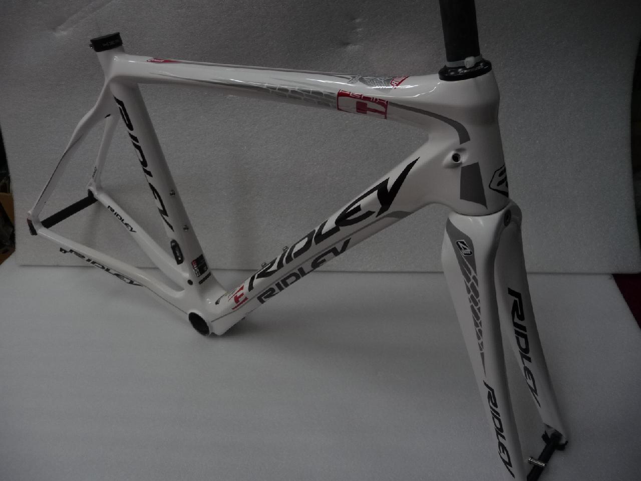 自転車の 自転車 プロチーム 機材 : ... スポーツ用品 増谷自転車