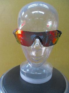 2016 TIFOSI  Podium  (1000100121)/2016モデル ティフォージ ポディウム 【マットブラック;フレーム】&クラリオンレッド;レンズ(ACレッド&クリアー)レンズ付き 特価!即納在庫あり