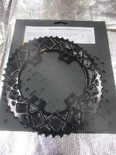absolute BLACK PURMUM OVAL ROAD PCD 110 4Bolt/アブスリュート ブラック CNC オーバル アウターギア 【ブラックカラー】 50T