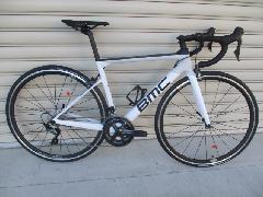 2020 BMC TeamMachine SLR02 ONE ULTEGRA COMPLETED BIKE/2020モデル BMC チームマシン SLR 02 ONE R−8000アルテグラ完成車 【ホワイト&カーボン】日本未展開カラー 51cm1台限りで即納在庫あり!