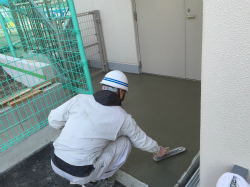 防災センター改修工事:外構工事、コンクリート土間仕上げetc