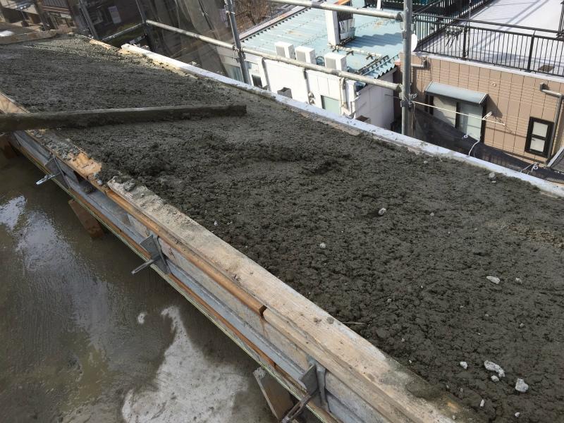 屋上コンクリート打設
