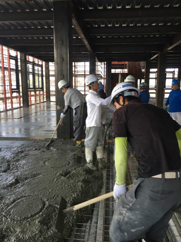 コンクリート土間(中央市場)