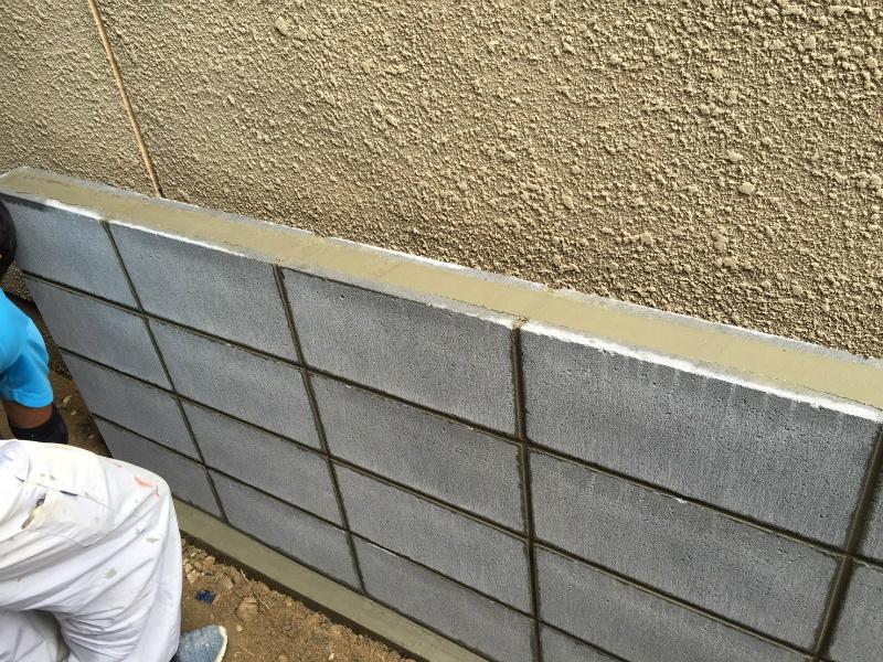 ブロック塀の組積