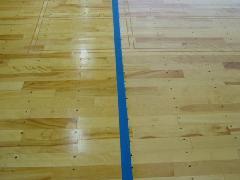 愛知県岡崎市 小学校体育館フローリング清掃施工例