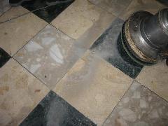 店舗清掃 大理石の床の清掃施工例