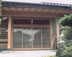 ハウスクリーニング 木造住宅の木洗い(あく洗い)施工例