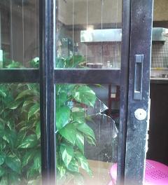 習志野市 防犯ガラス、セキュオに交換