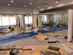 東京都内・某ダンスルームのテナントビルミラー貼り工事