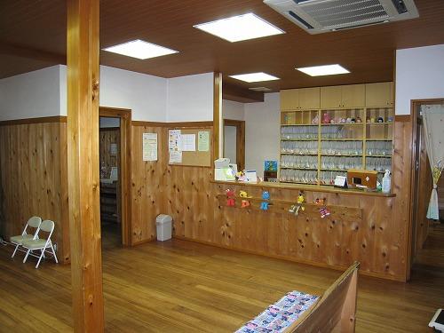 天然素材の小児科医院