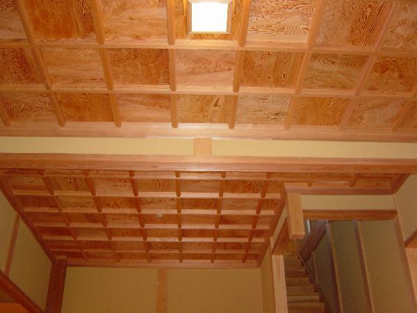 玄関格天井