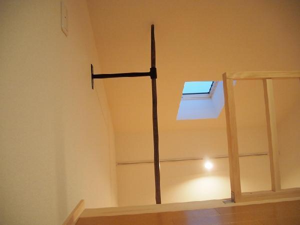 ロフト登り棒は祭りで使う御神灯の竿を流用