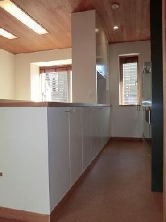 神宮前の家 3F居間食堂 カウンター収納