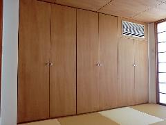 神宮前の家 3F 和室クローゼット