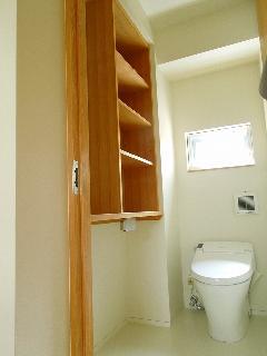 台東 M様邸 トイレ 収納棚