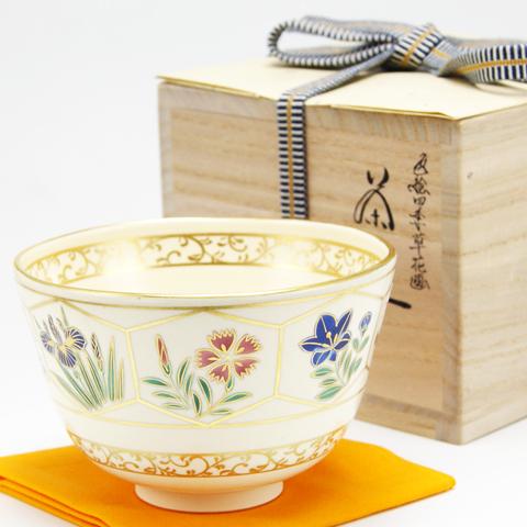 抹茶碗 色絵茶碗 亀甲四季草花絵 通年物