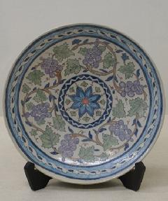 ペルシャ風葡萄唐草紋皿
