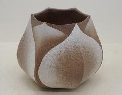 六角泥彩蓮芽花器
