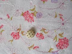 刺繍花柄生地 ピンク 512653