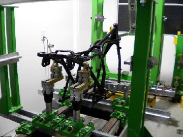 Z2RSフレーム修理です。