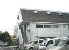 店舗謙住宅の外壁塗装になります。