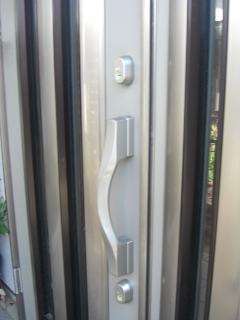 神奈川県 玄関ドア 鍵交換工事