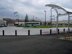 半たわみ性舗装 三山木駅バスターミナル