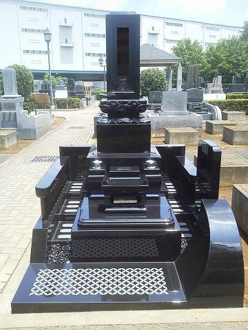 青山苑 最高級墓石 スウェーデンファイングレー
