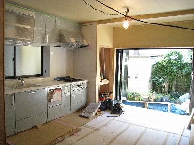 新しいキッチン完成