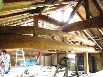瓦を葺き替えたら小屋裏の仕事